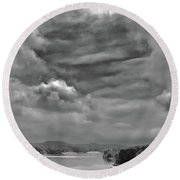A Break In The Storm Bw Round Beach Towel