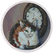 A Clockwork Cat Round Beach Towel