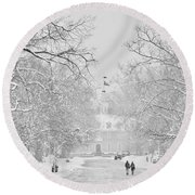 A Colonial White Winter Round Beach Towel