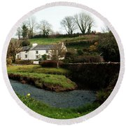 A Cornish Cottage By The Stream Round Beach Towel