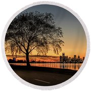 A Detroit Sunset - The View From Belle Isle Round Beach Towel