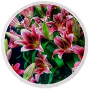 A Display Of Lilies Round Beach Towel