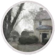 A Frosty Foggy Morning At The Manor House Round Beach Towel