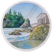 A Kingdom By The Sea Round Beach Towel