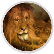A Lion And A Lioness Round Beach Towel