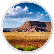 A Perfect Day Out West Round Beach Towel
