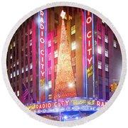 A Radio City Music Hall Christmas Round Beach Towel