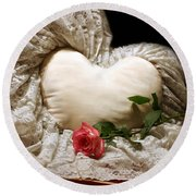 A Rose And A Heart Round Beach Towel