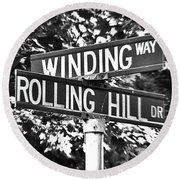 Wi - A Street Sign Named Winding Way And Rolling Hill Round Beach Towel