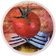 A Tomato Sketch Round Beach Towel