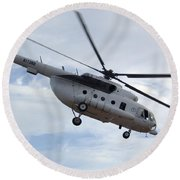 A U.s. Air Force Mi-8 Hip Helicopter Round Beach Towel