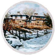 A Village In Winter Round Beach Towel