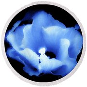 A White Hibiscus Bloom With Blue Tinge On Black Background Round Beach Towel