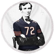 Abe Lincoln In A William Perry Chicago Bears Jersey Round Beach Towel