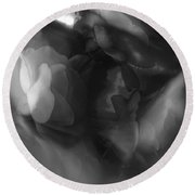 Abstract In Floral # 8 In Black And White. Round Beach Towel