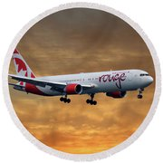 Air Canada Rouge Boeing 767-333 2 Round Beach Towel