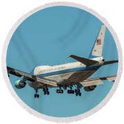 Air Force One On Final Approach Into Charleston South Carolina Round Beach Towel