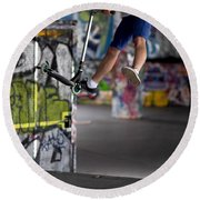 Airborne At Southbank Round Beach Towel