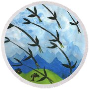 Airy Eight Of Wands Illustrated Round Beach Towel