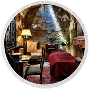 Al Capone's Cell - Scarface - Eastern State Penitentiary Round Beach Towel