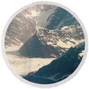 Alasks Glacier Range Denali Nation Park  Round Beach Towel