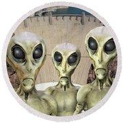 Alien Vacation - Hoover Dam Round Beach Towel