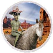 Alien Vacation - Monument Valley Round Beach Towel
