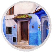 Alleyway In The Blue City Round Beach Towel