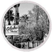 Aloha Hotel Bw Palm Springs Round Beach Towel