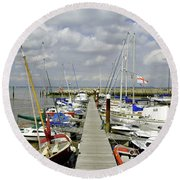 Along C Pontoon In Ryde Harbour Round Beach Towel