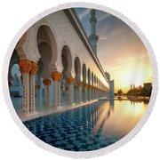 Amazing Sunset View At Mosque, Abu Dhabi, United Arab Emirates Round Beach Towel