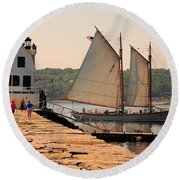 American Eagle At The Lighthouse Round Beach Towel