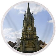 American Fountain - Stratford-upon-avon Round Beach Towel
