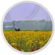 Amish Buggy And Yellow Field Round Beach Towel