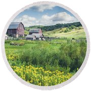 Amish Country Farm Warrens Round Beach Towel