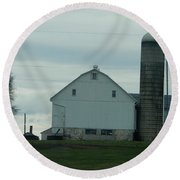 Amish Dairy Farm Round Beach Towel