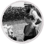 Amish Girl And Pony Round Beach Towel
