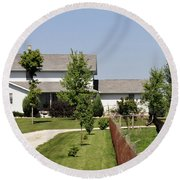 Amish House Round Beach Towel
