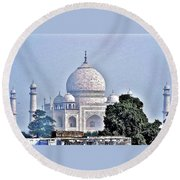 An Extraordinary View - The Taj Mahal Round Beach Towel