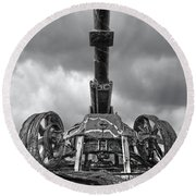 Ancient Cannon In Black And White Round Beach Towel