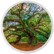 Angel Oak Tree Charleston Sc Round Beach Towel