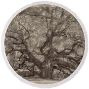 Angel Oak Tree Round Beach Towel