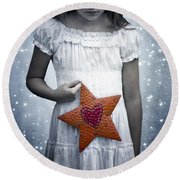 Angel With A Star Round Beach Towel