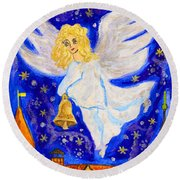Angel With Christmas Bell Round Beach Towel
