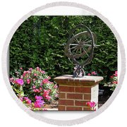 Annapolis Garden Ornament Round Beach Towel