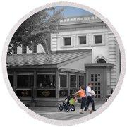 Annies Paramount Steak House Round Beach Towel