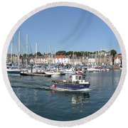 Anstruther Away Fishing Round Beach Towel