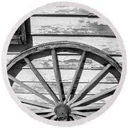 Antique Wagon Wheel In Black And White Round Beach Towel