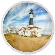 Approach To Big Sable Light Round Beach Towel