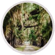Arch Of Oaks - Evergreen Plantation Round Beach Towel